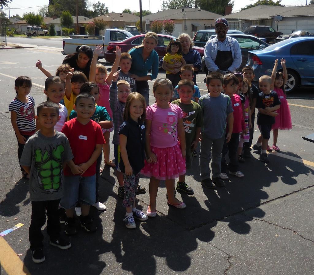 Joe with Mrs Lieser's kindergarten class
