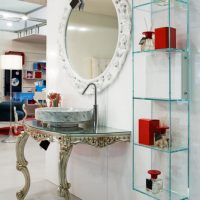 Display Space | Glass Shelves