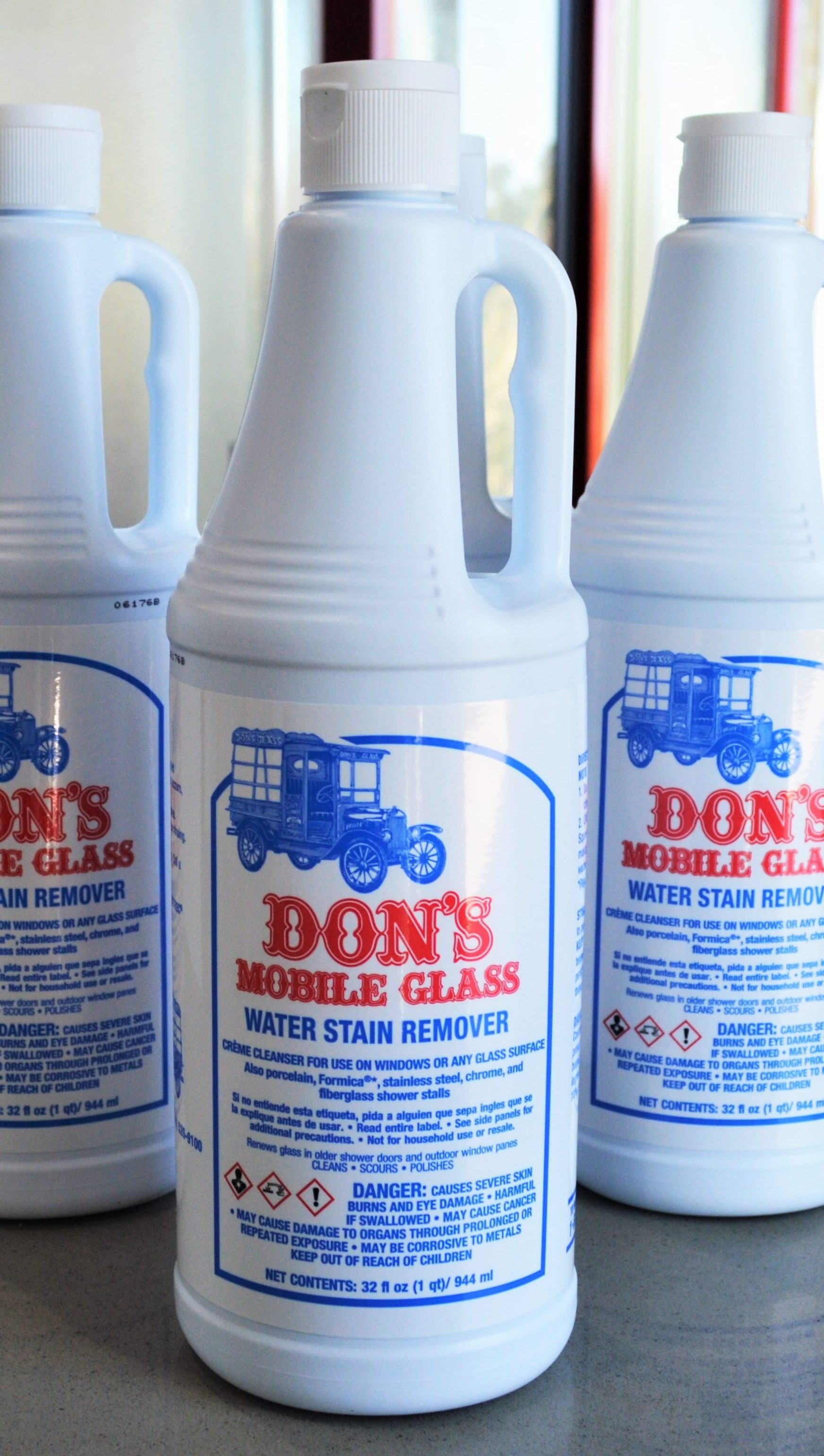 Dons Mobile Glass Professional Water Stain Remover 6 32oz Bottles